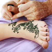 Henna Tattoos - Saks Salon